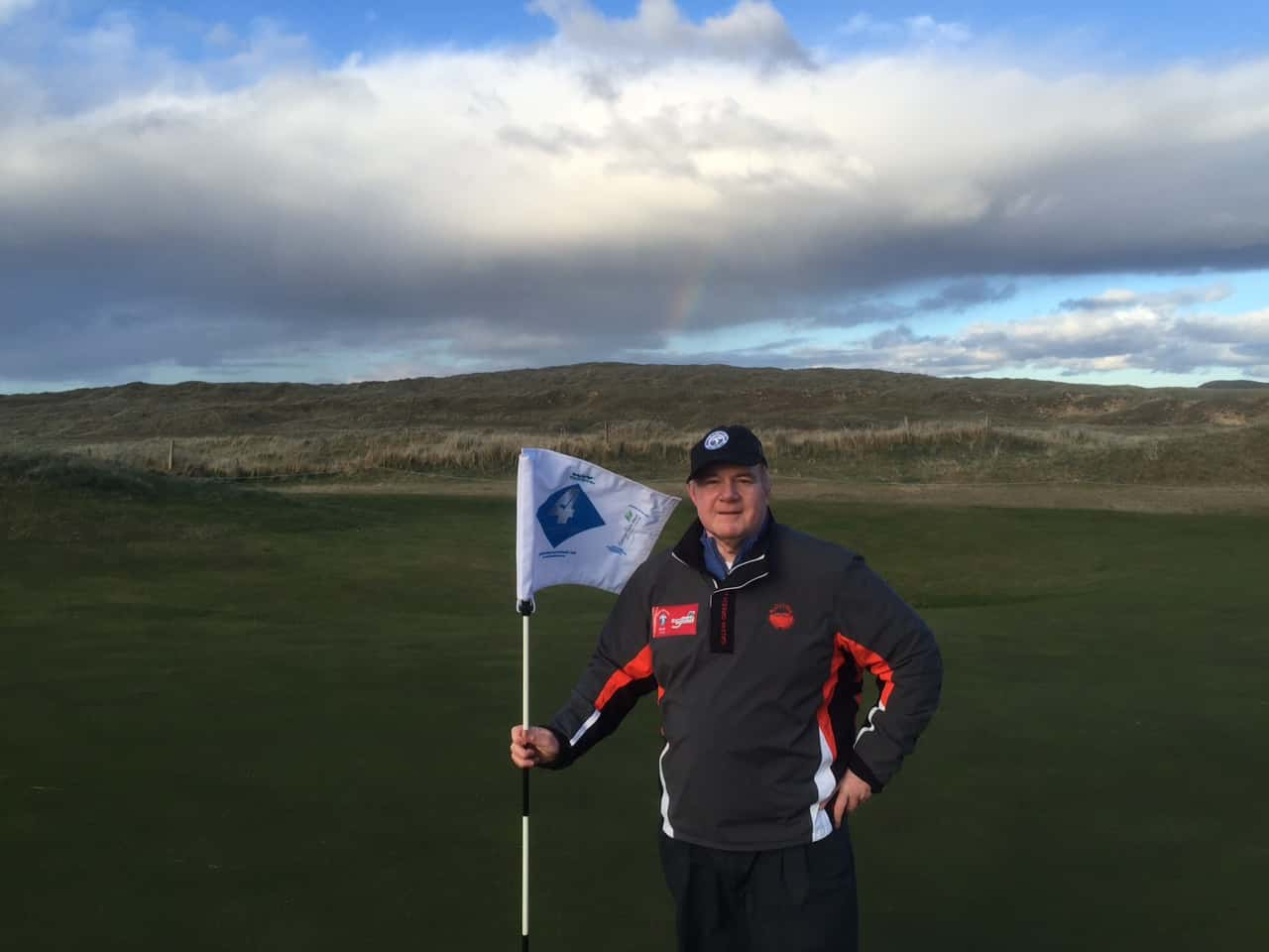 "Follow LINKS Contributor Nick Edmund on his ""Golf-Walk"""