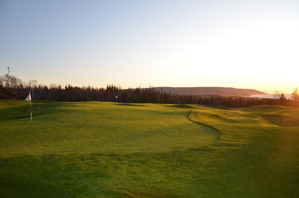 The Nest short course at Cabot Cliffs